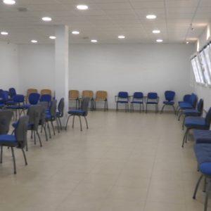 El Ayuntamiento de Chipiona se lo pone más fácil a quienes hayan de estudiar en verano ampliando los espacios y los horarios